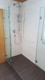 Dusche Eckeinstieg